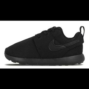 New Nike Roshe One Black Toddler Shoes no box